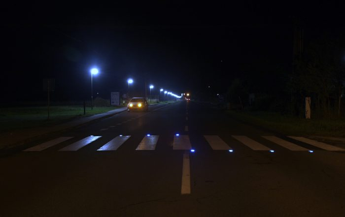Solárne LED gombíky TL - SLC10 prevedenie ôsme