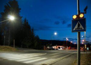 solárne LED výstražné svetlá v boxe 201 ul. Lučenská cesta 2