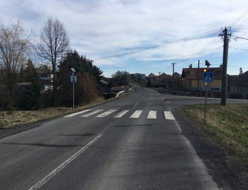 Solárne LED výstražné svetlá v boxe 2 x 102 v obci Veľká Ves