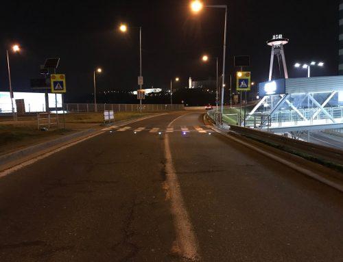 Solárne LED gombíky TL – SLC10 v meste Bratislava, Aupark – lávka